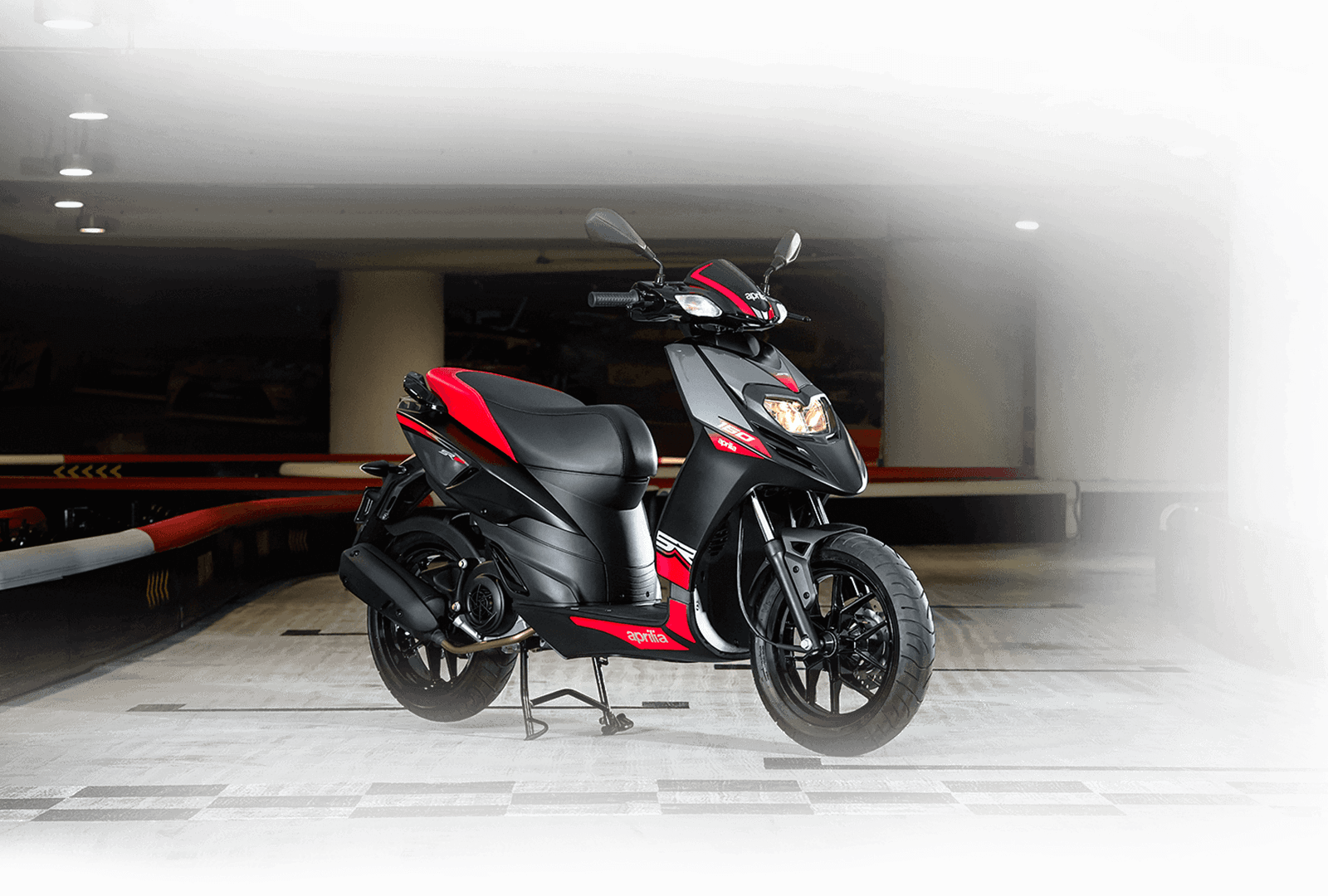 aprilia-motard-scooter-negro-opaco