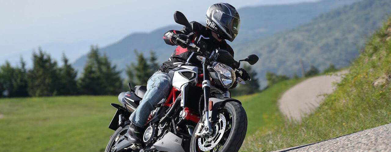 Moto rápida Shiver