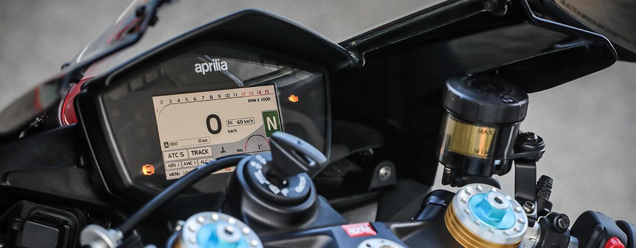 Aprilia moto tablero